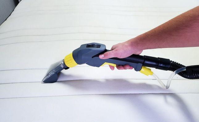 Kto może zrealizować czyszczenie tapicerki na osiedlu Białołęka?