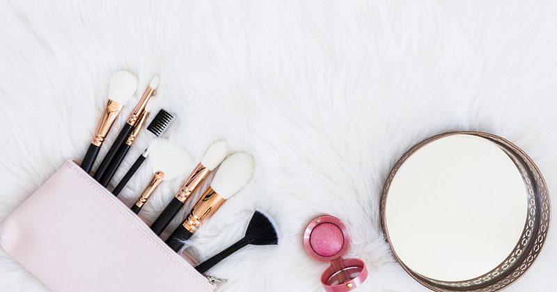 Jak czyścić akcesoria kosmetyczne?