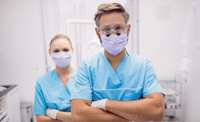 Chirurgia dentystyczna – kiedy będzie Ci potrzebny specjalistyczny zabieg?
